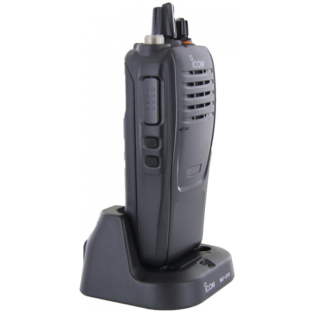 Icom F1000 VHF 136-174 16 ch Business Radio antenna BP279 battery Waterproof